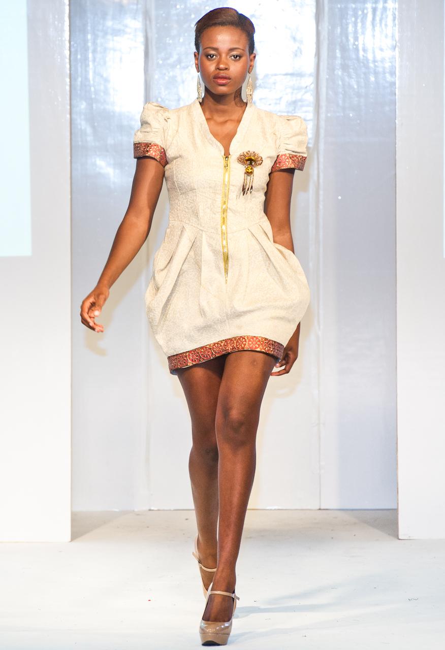 afwl2012-lemiral-couture-003-simon-klyne.jpg