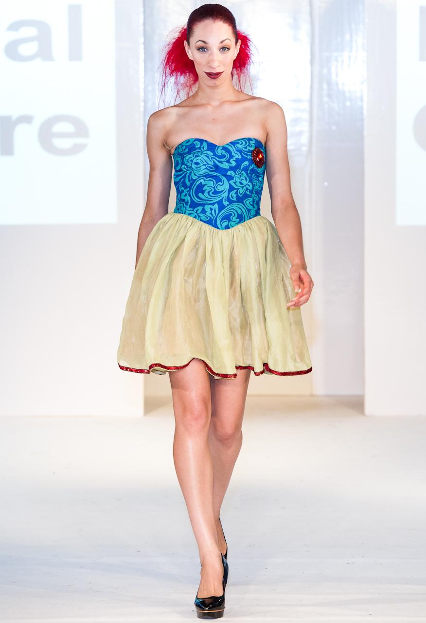 afwl2012-lemiral-couture-019-simon-klyne.jpg