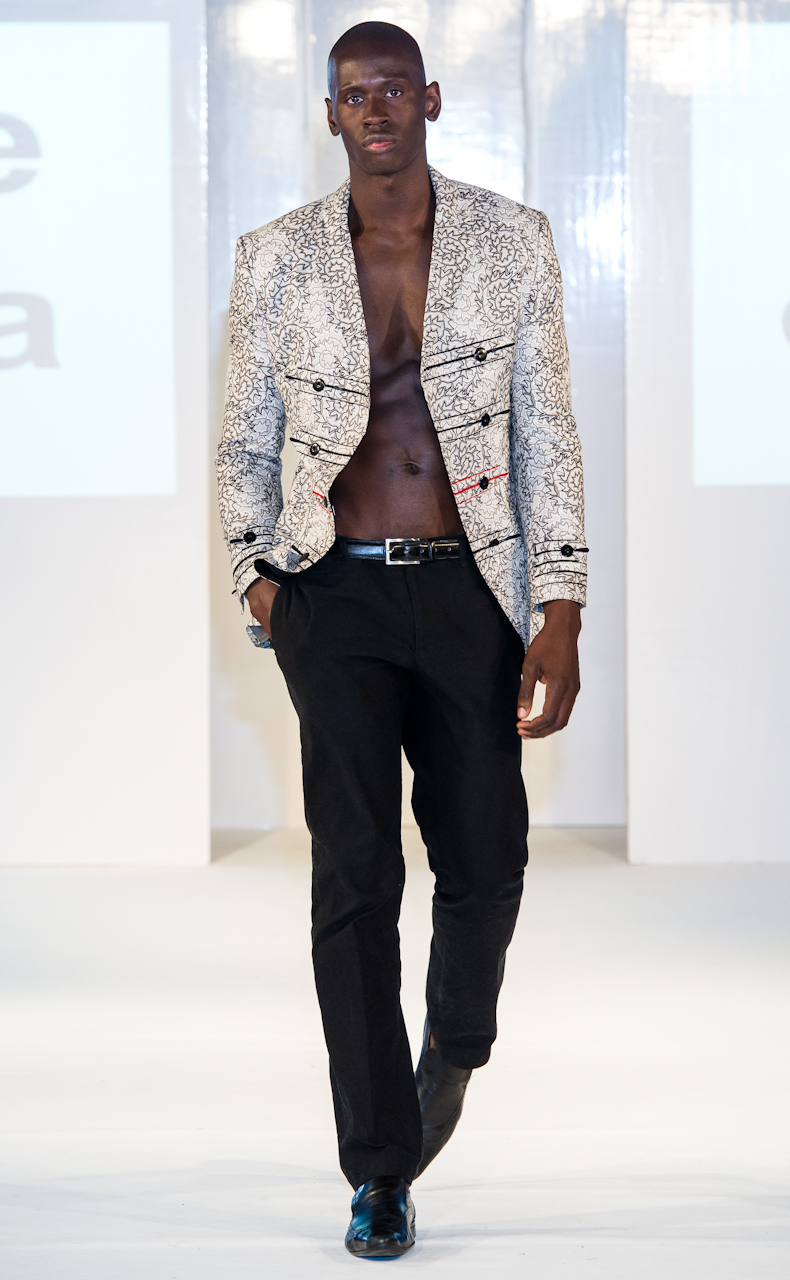 afwl2012-house-of-jola-080-simon-klyne.jpg