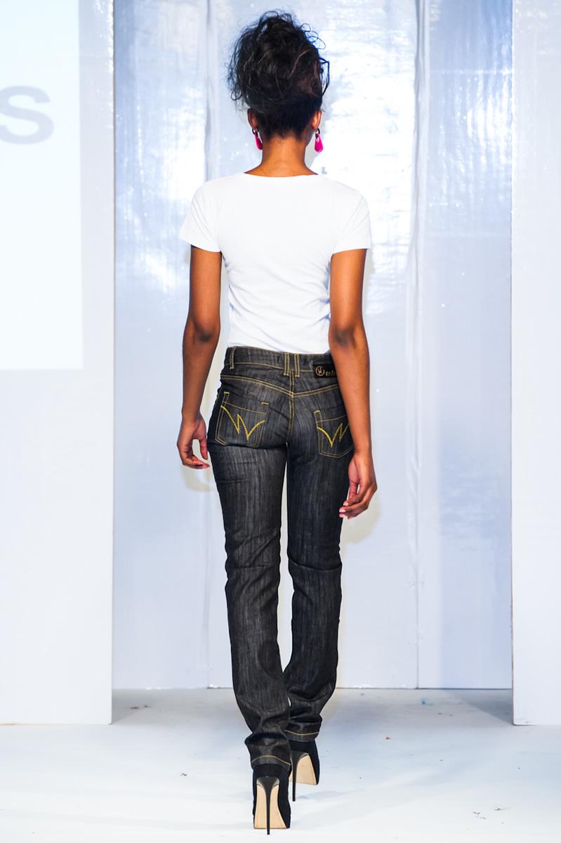 afwl2012-wangu-jeans-013-simon-klyne.jpg