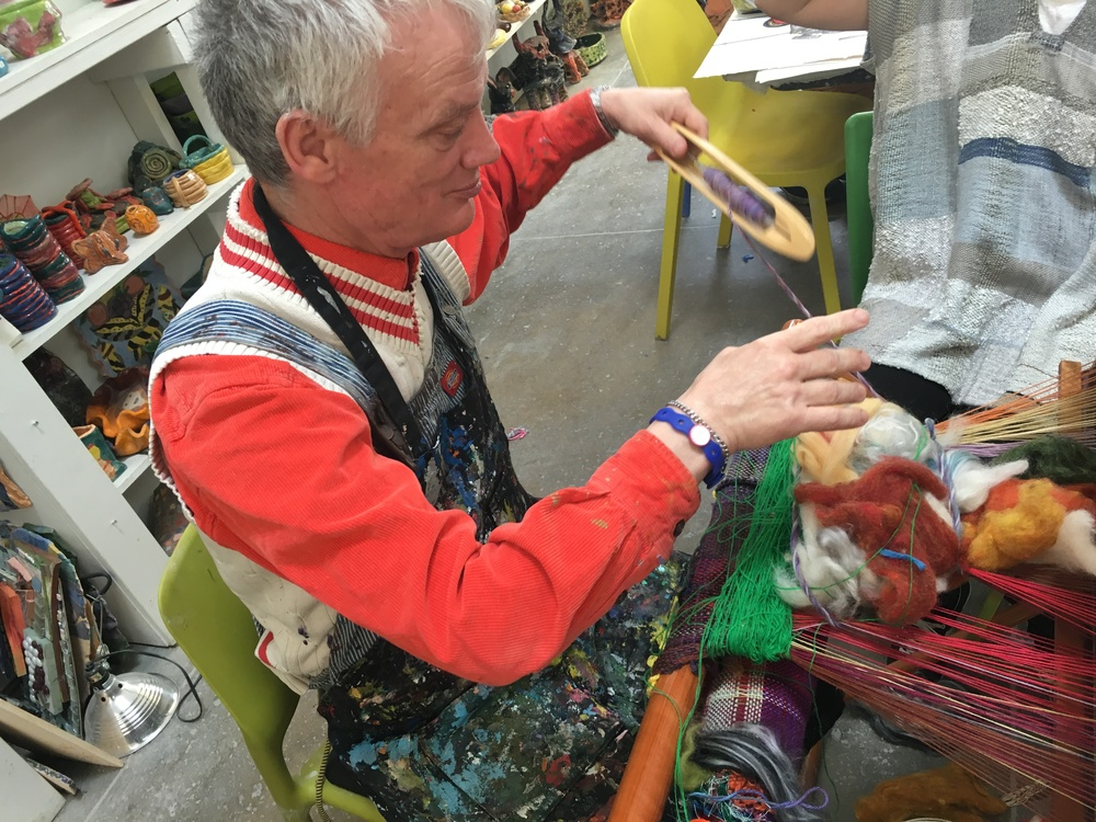 Artist Tony Pedemonte weaving his sculpture on the SAORI loom.