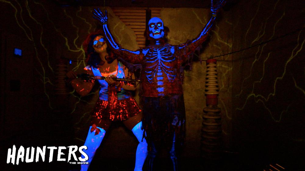 Clowns 3D Music by Slash @ Universal Studios Halloween Horror Nights