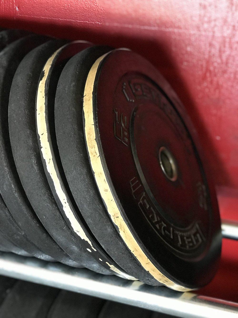 weight plates.jpg