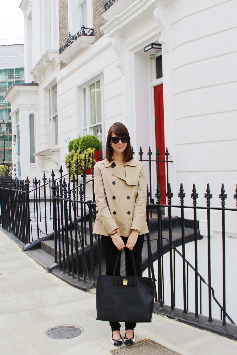 London To-Do's - Everlane Swing Trench   | Sundays and Somedays