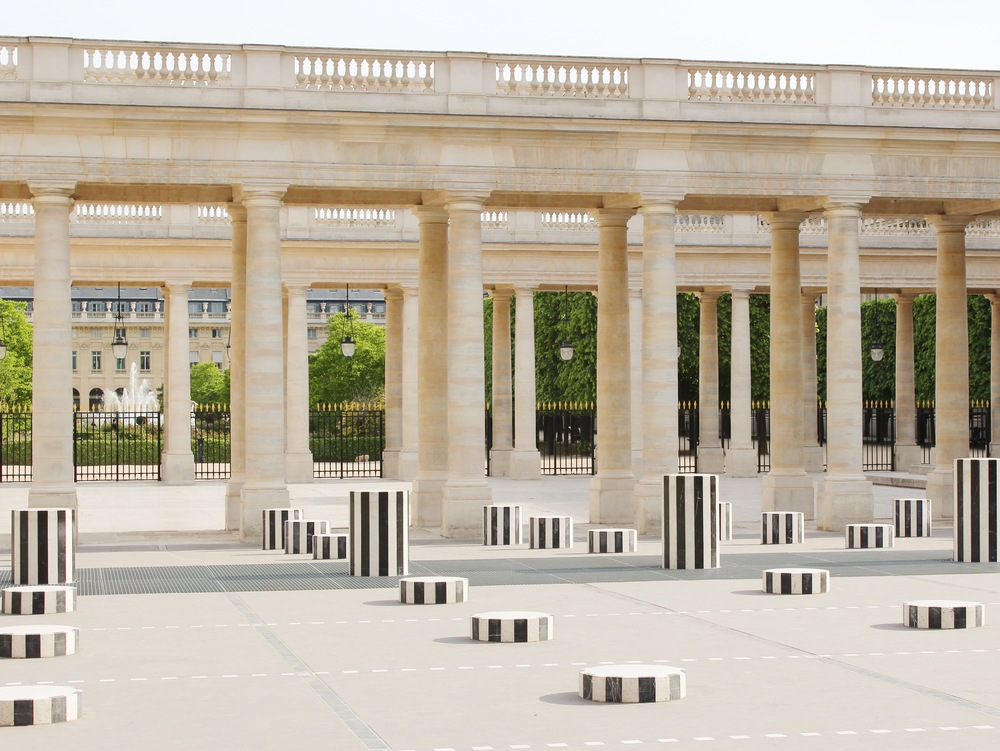Stripes on Stripes - Le Deux Plateaux at the Palais Royal in Paris | Sundays and Somedays