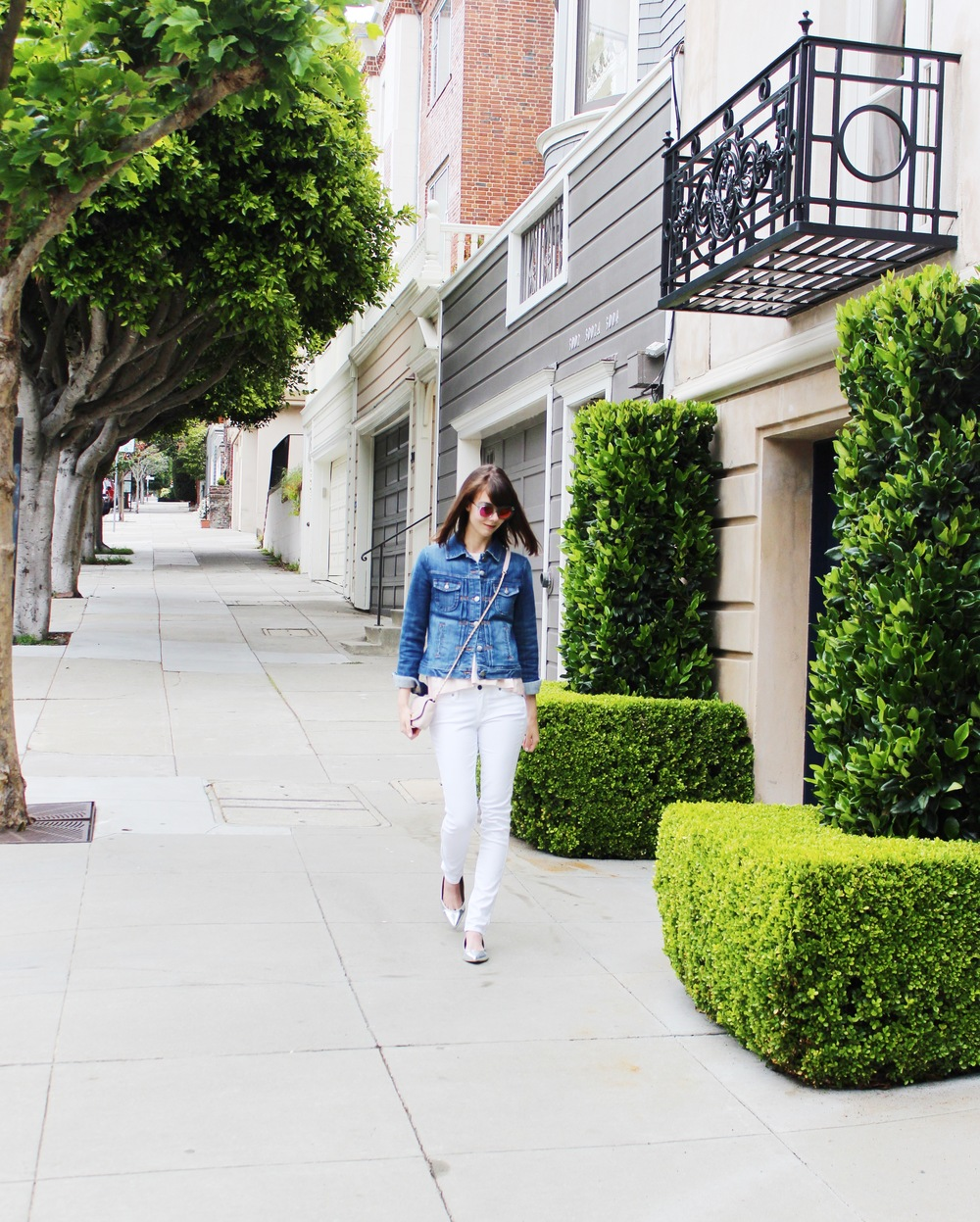 A Touch of Blush - Walking Through Pacific Heights | Sundays and Somedays