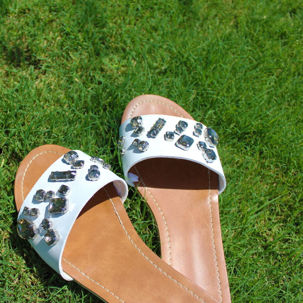 Oversized jeweled sandals in Palm Springs | Sundays and Somedays