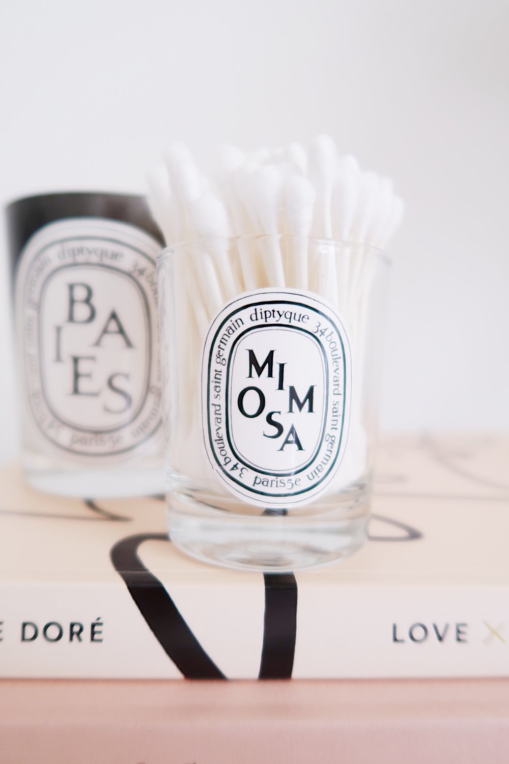 How to clean the wax out of a Diptyque candle - a makeup storage DIY | Sundays and Somedays
