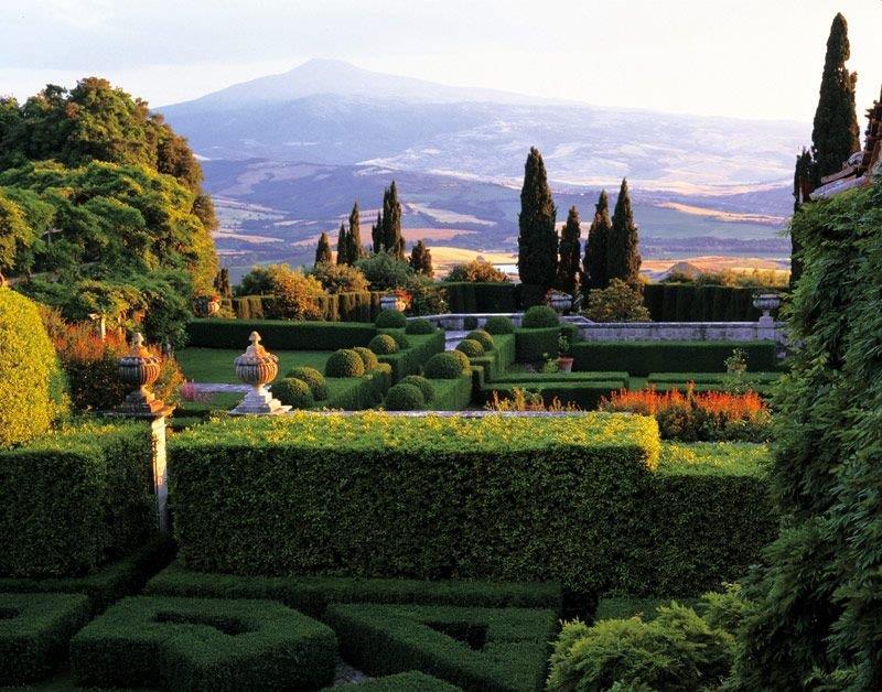 italian garden tuscany (3).jpg