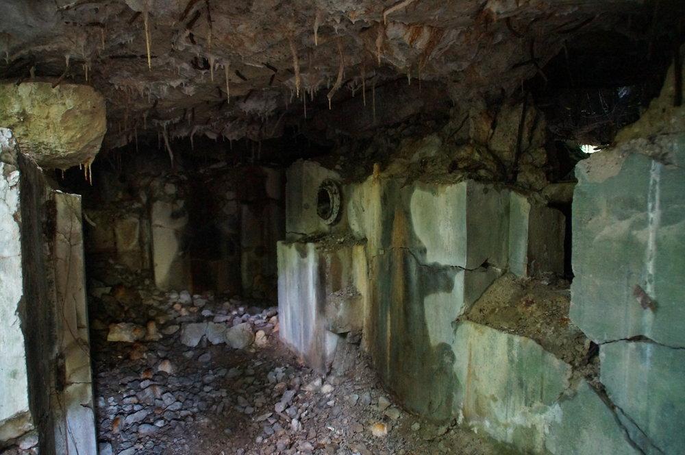Bunker stalactites and stalagmites