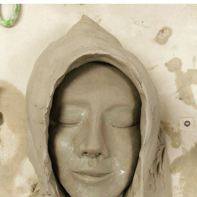 An in progress ceramic piece from one of our student! 👏👏👍👍 #delphianschool  #delphianarts  #pottery  #ceramics #art #creation