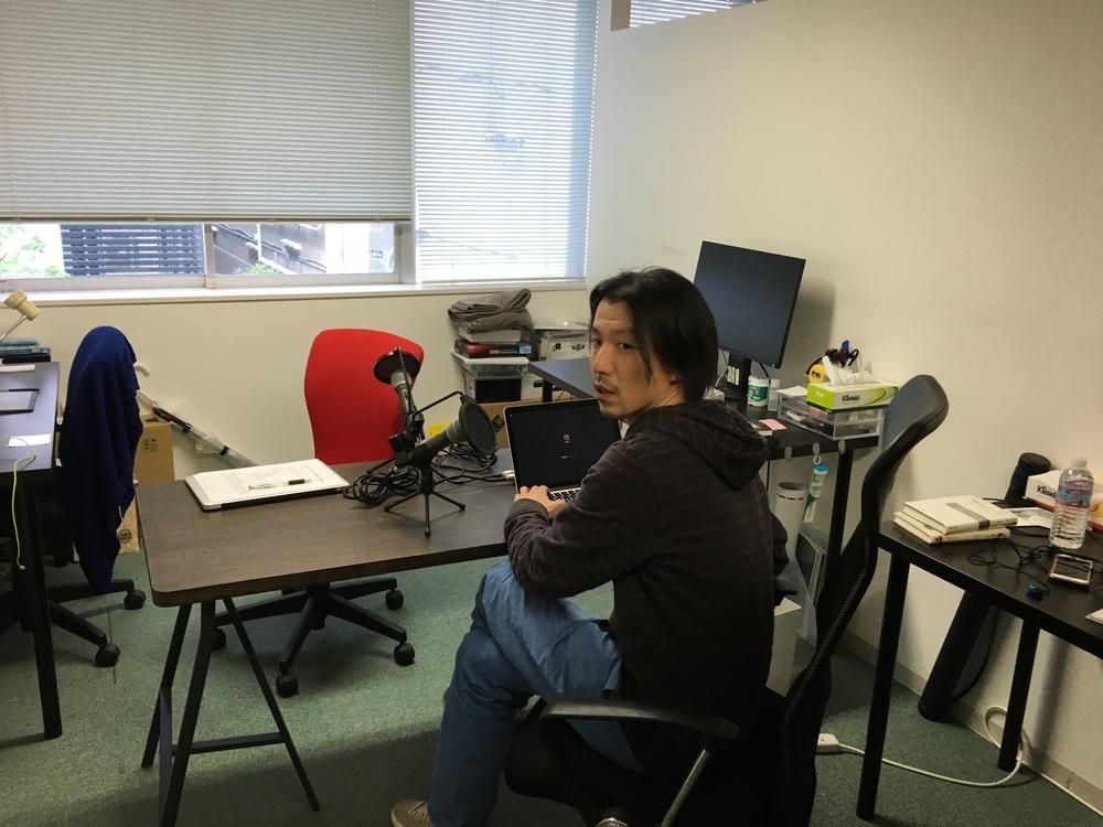 今回のポッドキャストの収録は大林さんとこんな場所で行いました(@co-ba akasaka)。