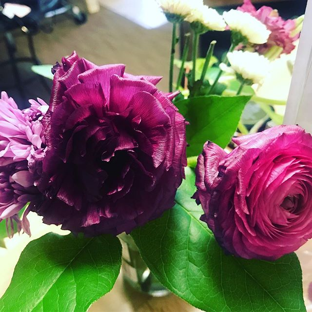 It's ALWAYS about grace. Thank you to the client that added these beauties to our sacred space #givingwithgrace #grateful #sangha #springflowers #yoga #yogi #flowers