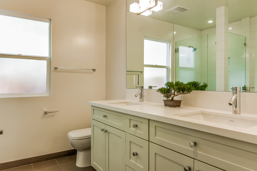 030-Bathroom_2-860650-print.jpg