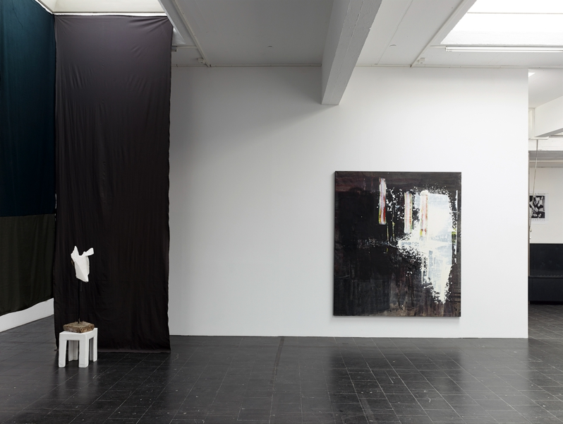 COLOGNE AT HALF PAST SEVEN TEMPORARY GALLERY COLOGNE 2014  right: UNTITLED 2014 Mixed media on canvas 180 x 200 cm
