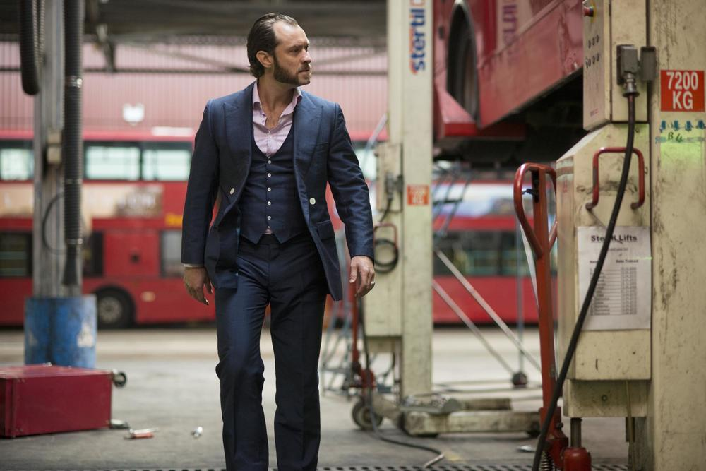 """jude-law-as-""""dom-hemingway""""-in-dom-hemingway.-large-picture.jpg"""