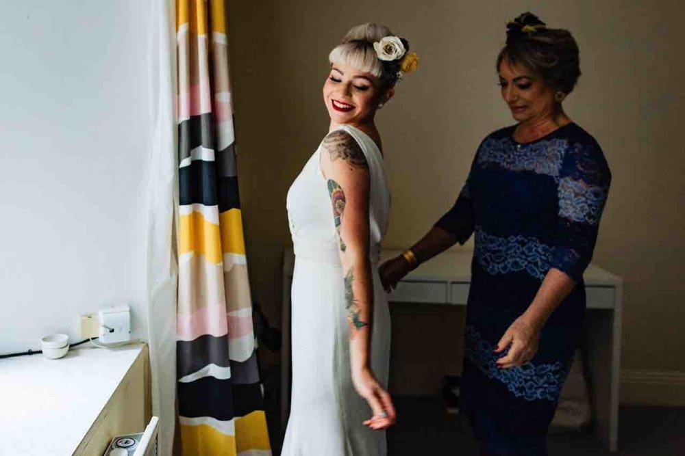 11_MJ girls-18_dunlaoghaire_photographer_Sandycove_wedding_bridal_preparations.jpg