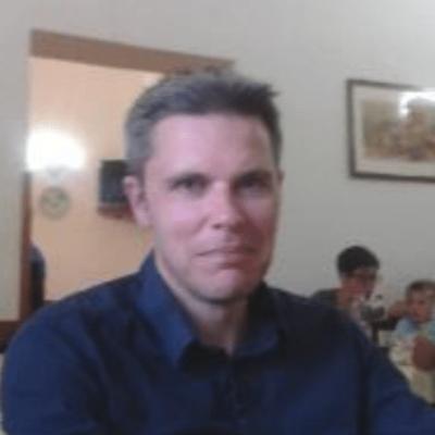 Dr Don Urquhart
