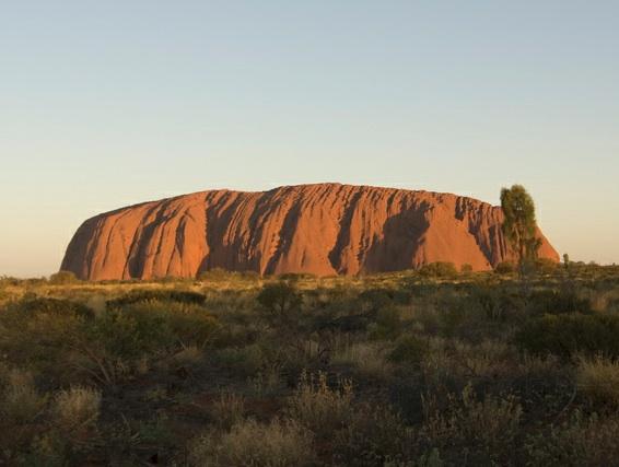 ULURU-KATA TJUTA NATIONAL PARK, AUSTRALIA