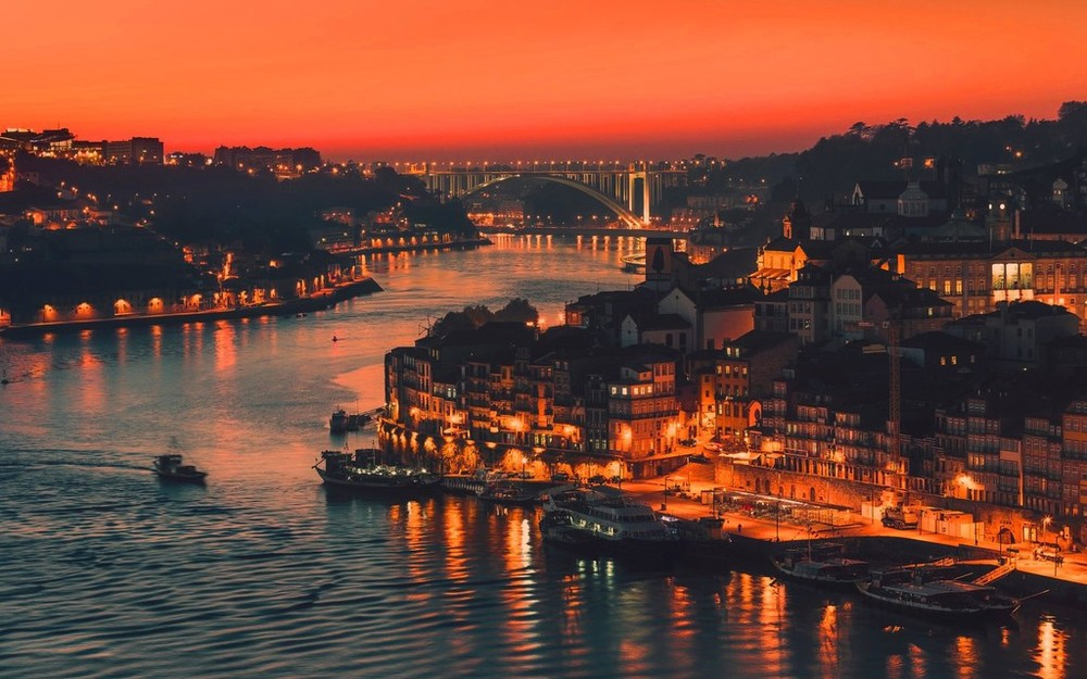 Douro River, Porto.