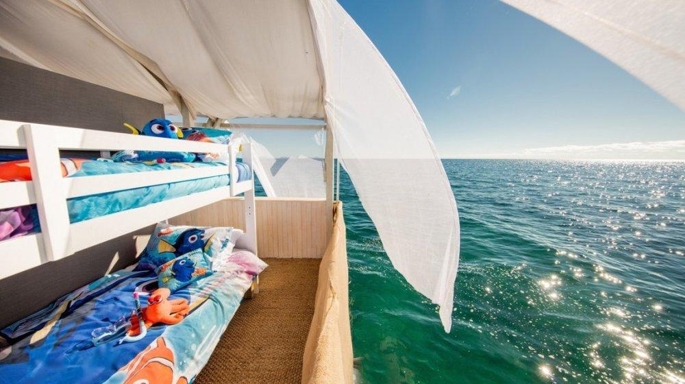 Airbnb-Great-Barrier-Reef-kids-room-1200x800-2-1060x594.jpg