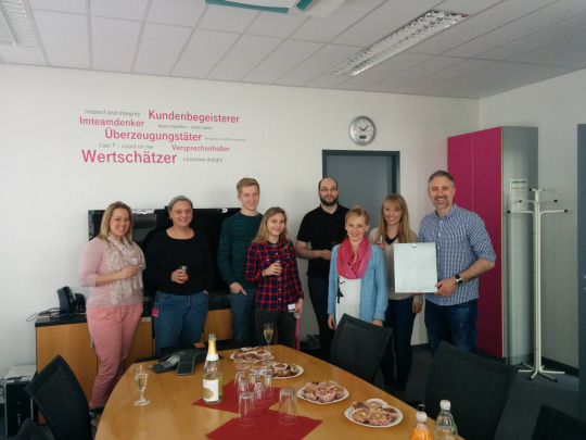 deutschetelekom_blindapplying_welcomeparty