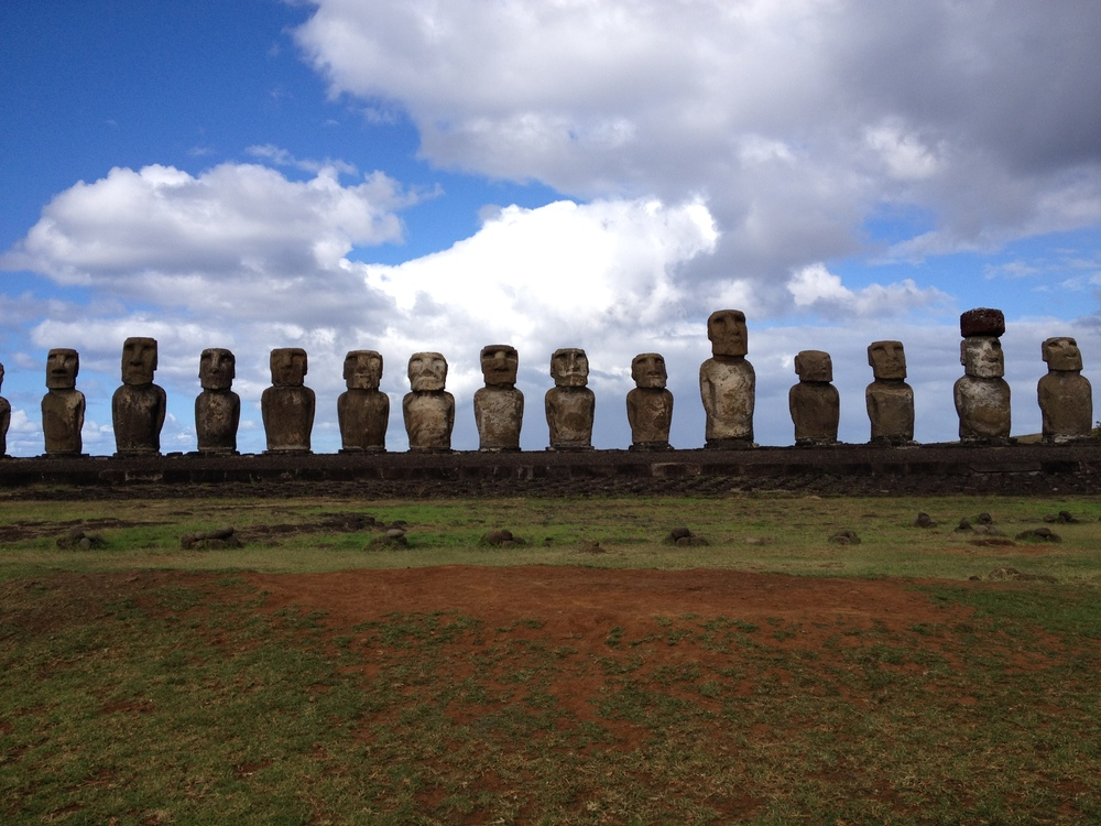 ey_blindapplying_easterisland