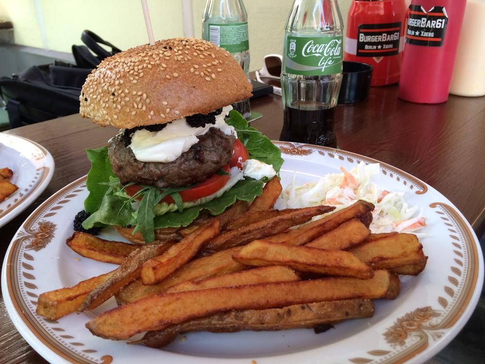 cocacola_blindapplying_hamburgerstore2.jpg
