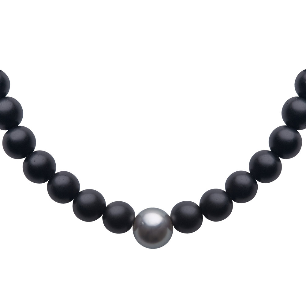 aro_6mm_onyx-and-tahitian_bracelet_closeup.jpg