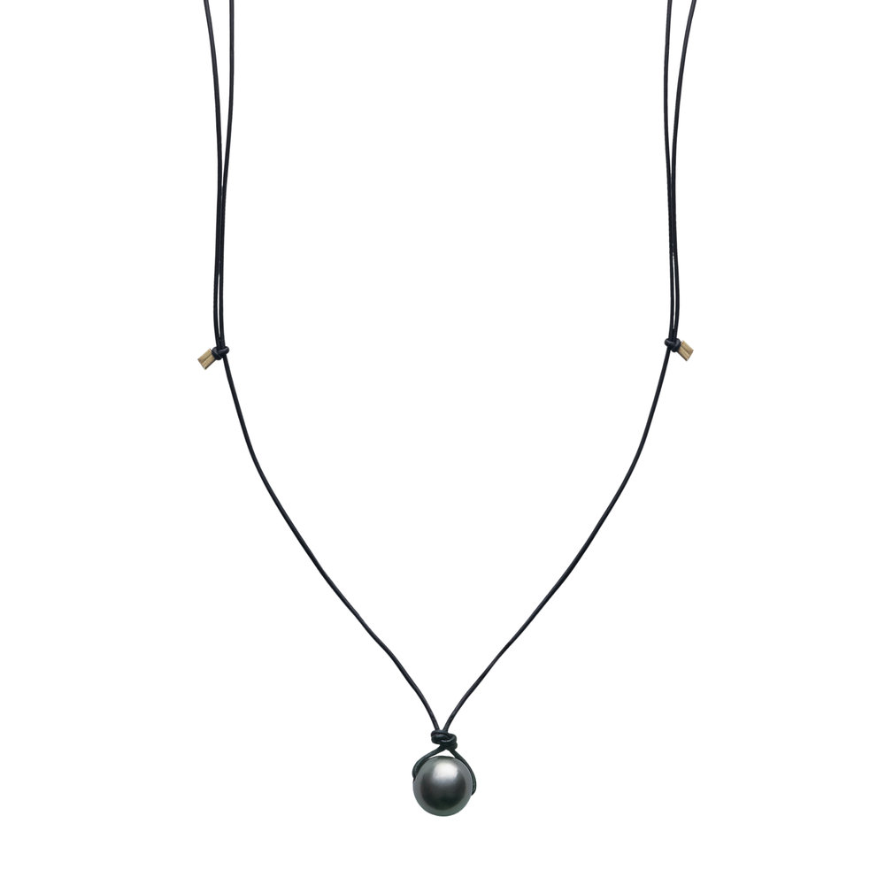aro_thin-leather_tahitian_necklace.jpg
