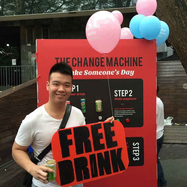 @distantloverr got a free drink! Awesome! Thank you @ka_ying_96 for making his day! Follow our main account @changeforgoodsg for more information on our project :)
