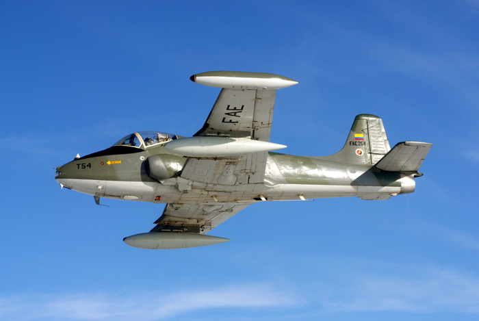 Strikemaster_031.jpg