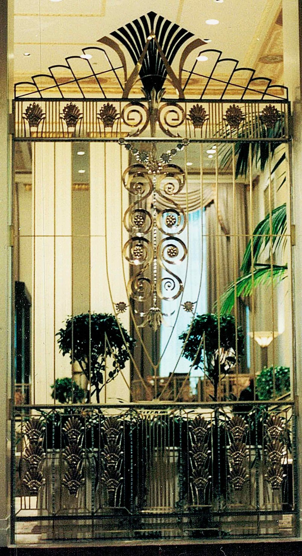 Waldorf Astoria Park Ave Entrance Gates