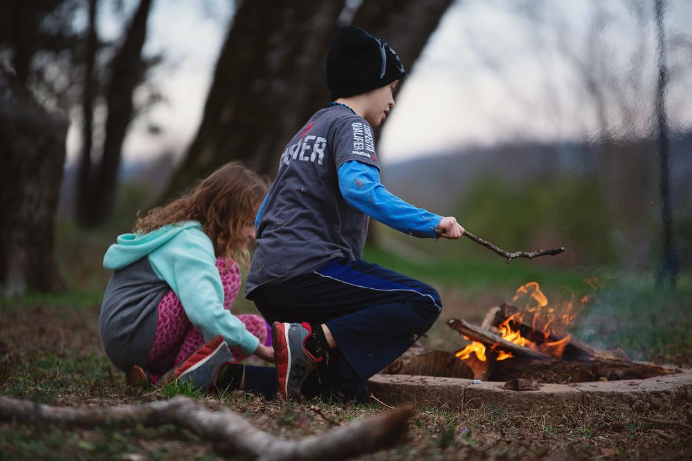kids-fire-campfire.jpg