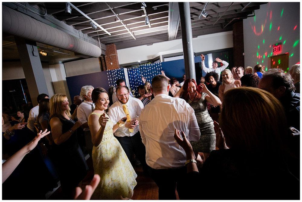 Lynn-Musuem-Wedding-Boston-Photographer-26-North-Studios-033.jpg