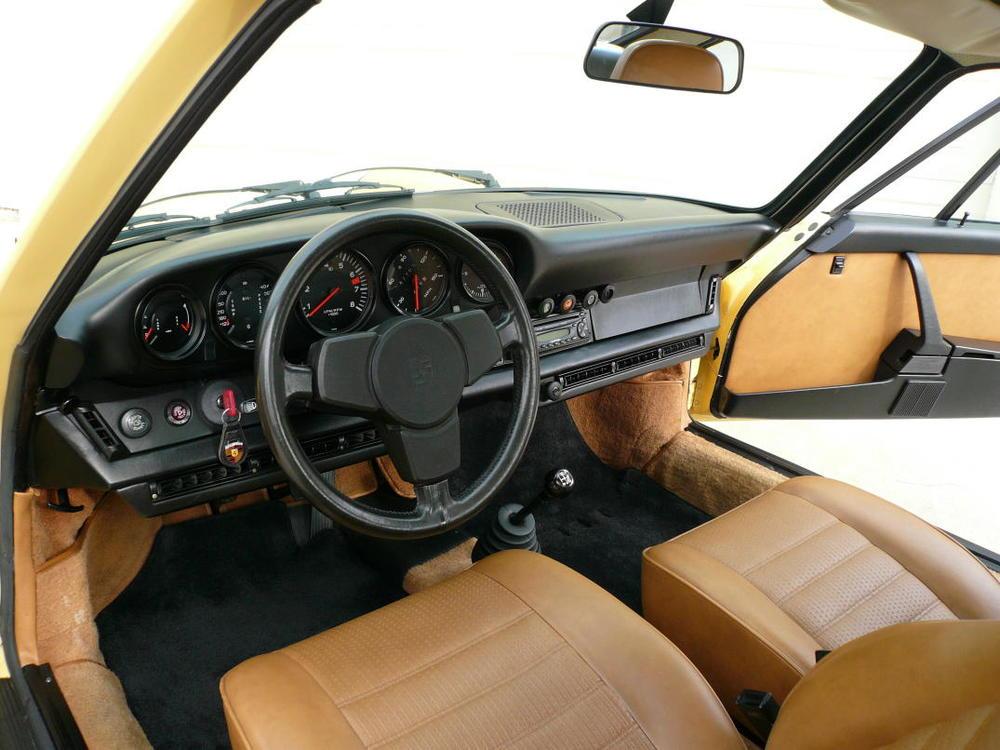 1974 Porsche Carrera 2.7 071.jpg