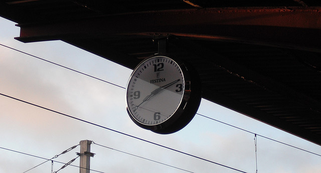 Photo: Reloj by Flickr user M.Peinado