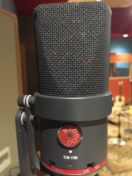 Neumann TLM 170R—so sensitive!