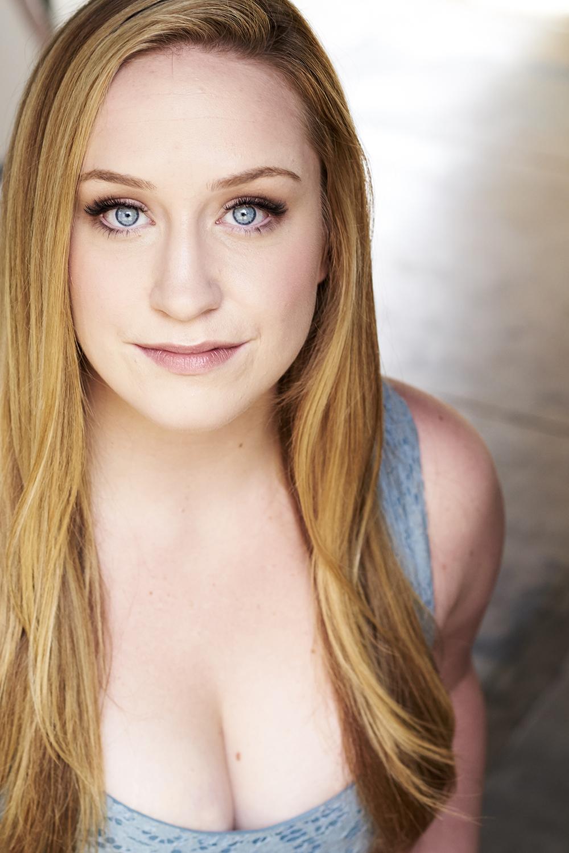 Caitlin-Brooke-headshot-1.jpg