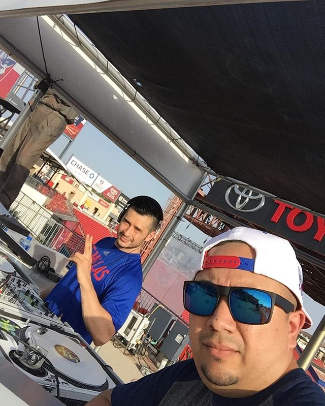 @fcdallas vs Chicago Fire!!! Let's do this!!! Doing our thing at the @hotelsdotcomna soundstage. Upgrading tickets like always. Come see us!!!