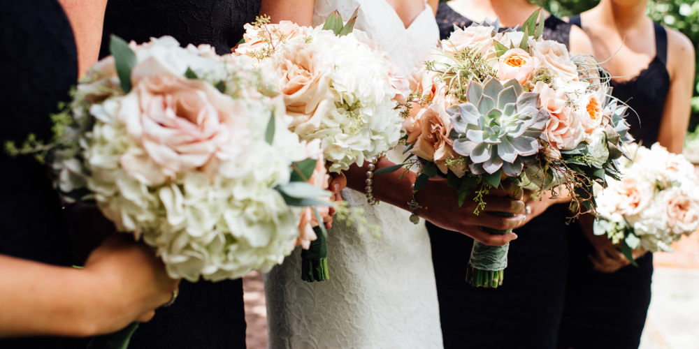 bridal-party-bouquets.png