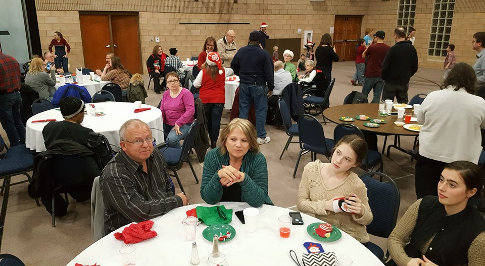 2016 Christmas Party 7.jpg