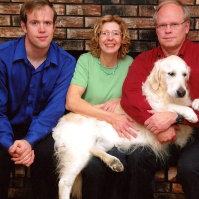 family-400x400.jpg