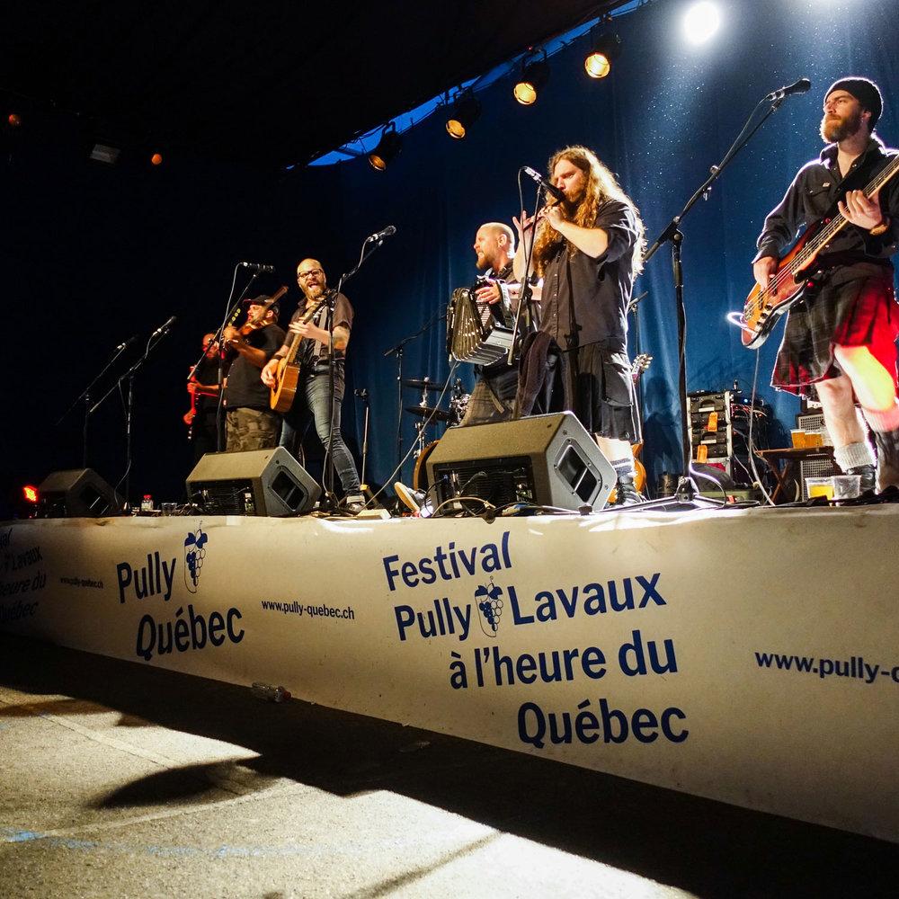 Mashka_Pully-Quebec_Scene-du-Village_WEB.jpg