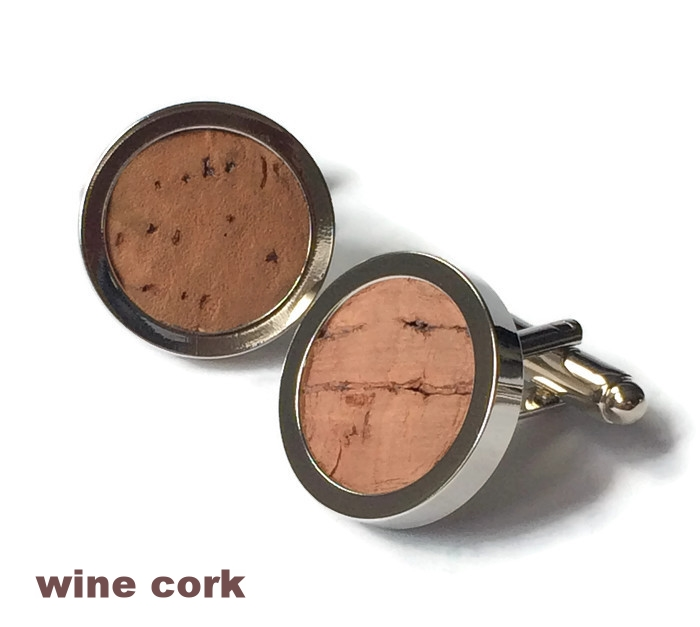 wine cork_stained_Cufflink.jpg