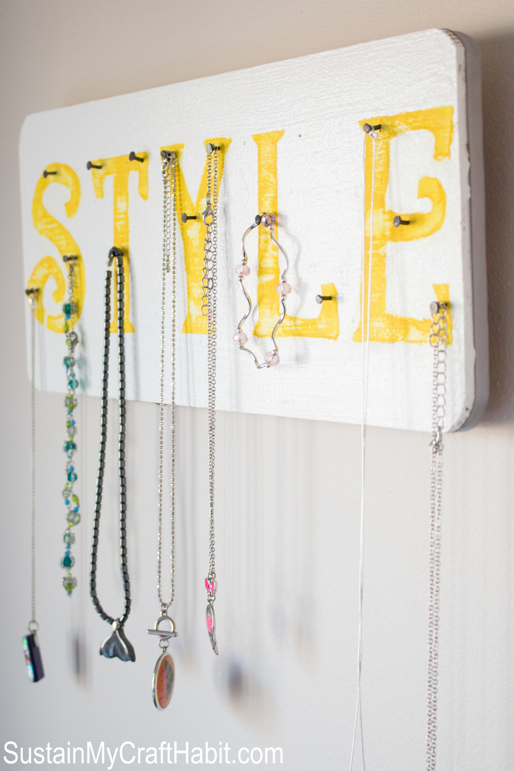 """There's my Necklace!"" Accessory Organizer - SUSTAIN MY CRAFT HABIT"