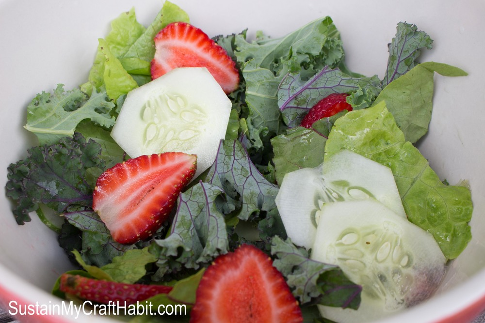 No fuss summer strawberry green salad- SustainMyCraftHabit.com
