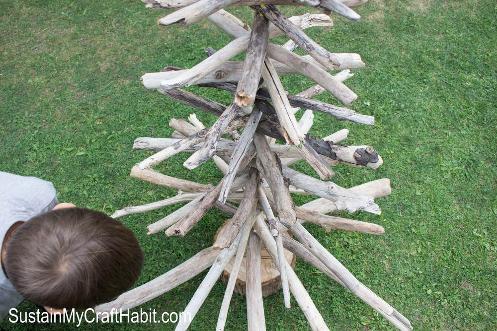 DIY Rustic Driftwood Evergreen/Christmas Tree- SustainMyCraftHabit