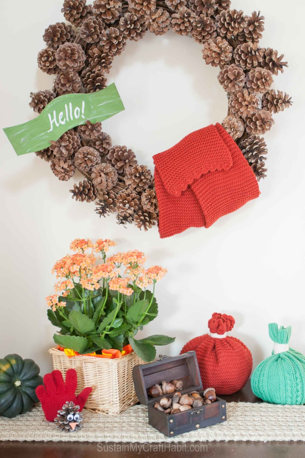 Toque Pumpkins and Glove Turkeys, Oh My! Extra gloves, hats and scarves can be used to create a whimsical and fun fall or Thanksgiving vignette for free! Use what you already have on hand to decorate your home. Click through to see the making-of videos for this DIY decor idea. SUSTAIN MY CRAFT HABIT