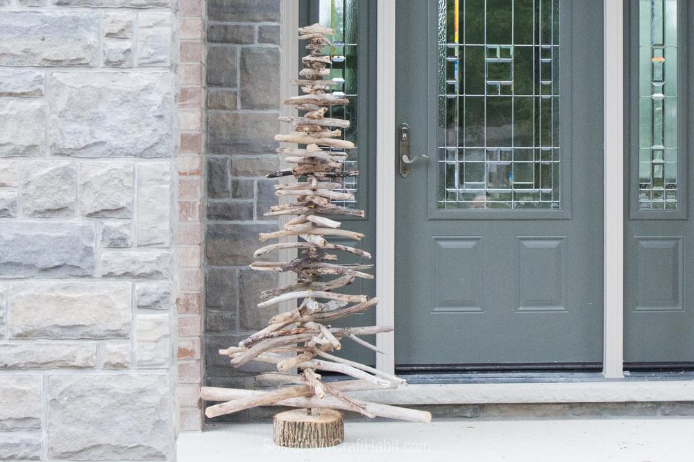 DIY rustic driftwood evergreen/Christmas tree - SustianMyCraftHabit